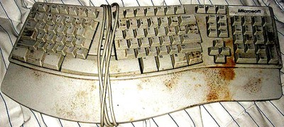photo of a filthy keyboard